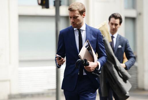 精华:男士西装的穿着礼仪-铝,铝合金,中国铝业第一媒体