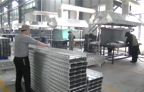 华建铝业铝模板车间